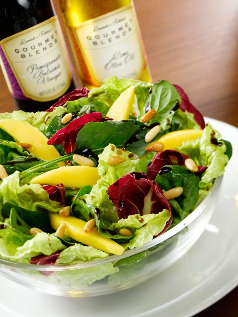 Pomegranate-Balsamic-and-Lime-Olive-in-Mango-Salad